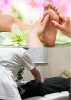 【2回目以降の方】中国足心道足もみ療術+部分バランス整体(足からと身体からとアプローチし身体を整えるセットメニュー)